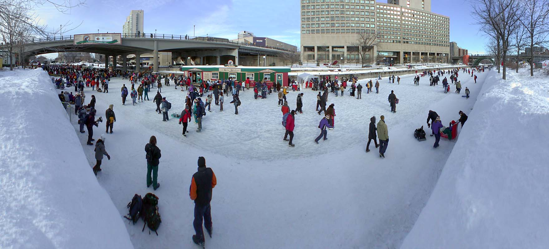 bal de neige on emaze. Black Bedroom Furniture Sets. Home Design Ideas